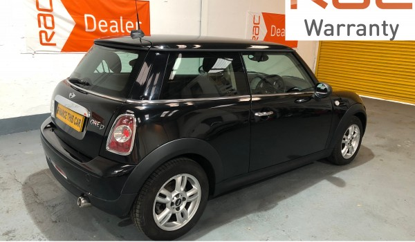 2012 MINI 'One' D Avenue with £2000 of optional extras