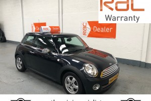 SOLD – Mini 'One' 1.4 Petrol with £2265 of optional extras – SOLD