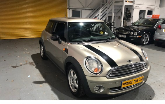 2008 Mini 'One' 1.4 Petrol with £2,620 of Extras