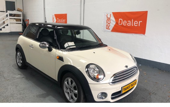 2007 MINI Cooper D with £4,330 of Extras