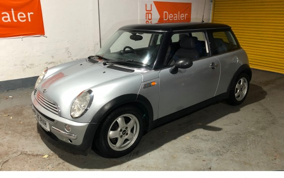 2002 Mini Cooper with Extensive Service History and Private Plate