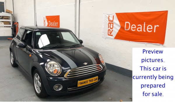 SOLD – 2007 Mini Cooper 1.6 Petrol with £1,630 of Extras – SOLD