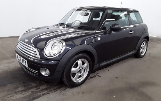 IN PREP – 2008 (08) MINI ONE in Metallic Black with only 37K miles from new