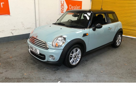 SOLD – 2011 (61) MINI Cooper D – with 65,000 miles from new CHILI Pack and Full Service History – SOLD