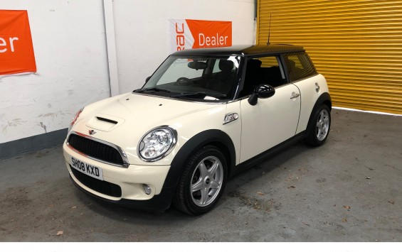 DEPOSIT TAKEN – 2008 Mini Cooper  S Automatic in Pepper White – DEPOSIT TAKEN