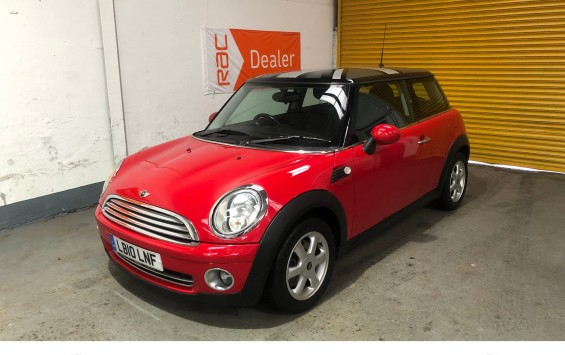 2010 MINI Cooper in Chili Red